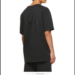NEW WITH TAGS ESSENTIALS FEAR OF GOD S21 T-SHIRT